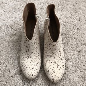 RARE NWOT Speckled Heeled Booties - Lucky Brand